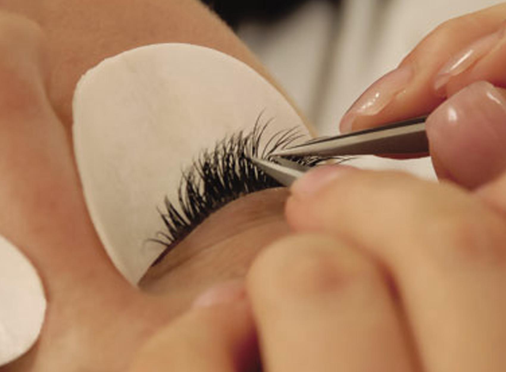 Как увеличить глаза в домашних условиях 25