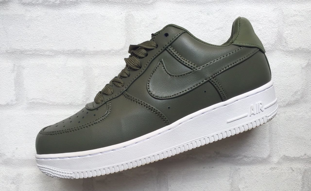 Кроссовки Nike Air Force темно зеленые