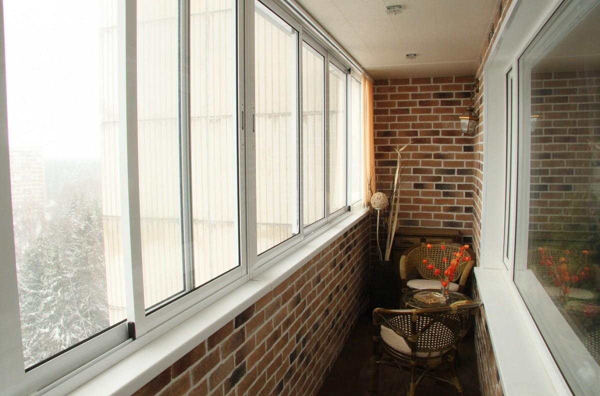 Остекление балконов и лоджий: цены в москве.