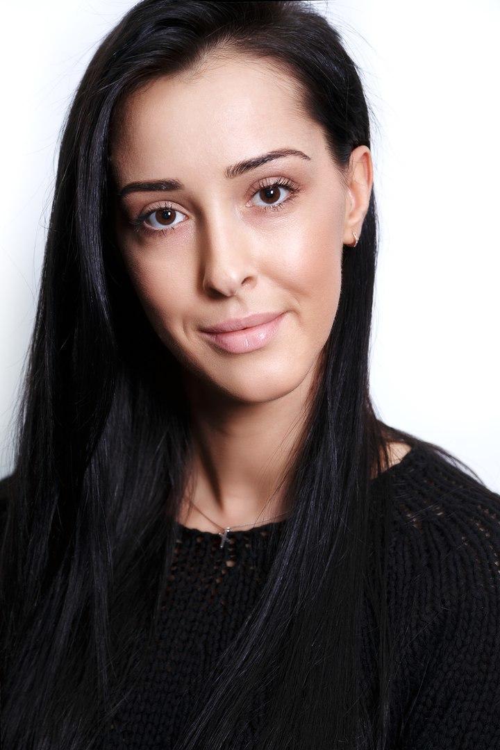 Работа моделью для макияжа москва девушка модель экспериментальной работы в школе