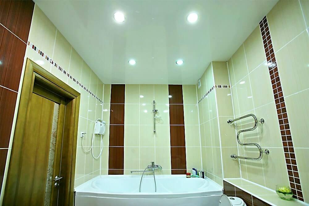 Натяжные потолки - фото 120 идей дизайна потолка для зала ...